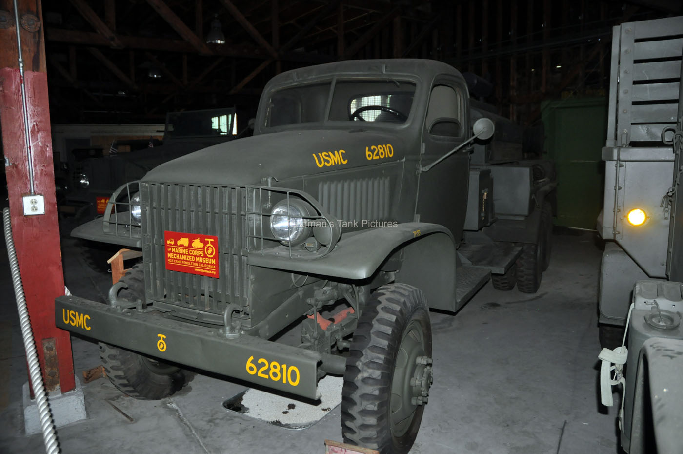 TOADMAN'S TANK PICTURES 1943 GMC CCKW COMPRESSOR TRUCK