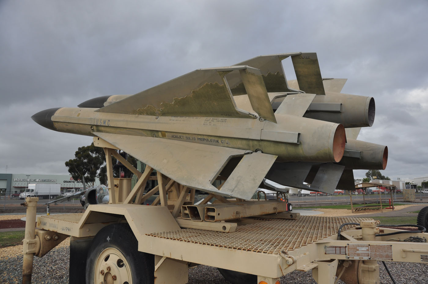 TOADMAN'S TANK PICTURES HAWK MISSILES AND M390C TRAILER