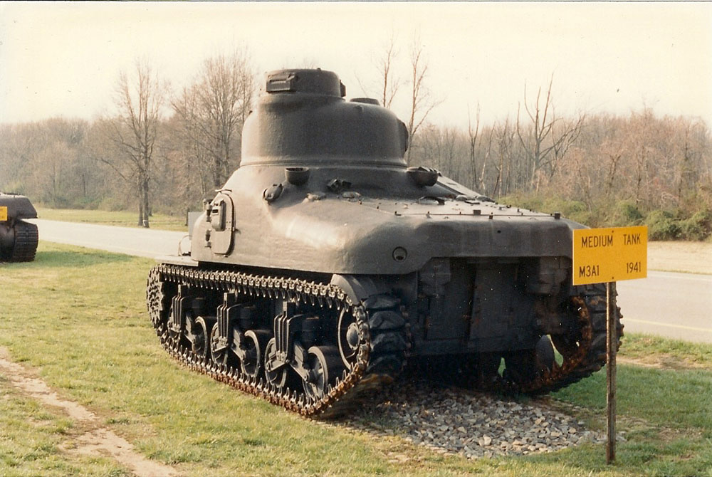 TOADMAN'S TANK PICTURES M3A1 LEE